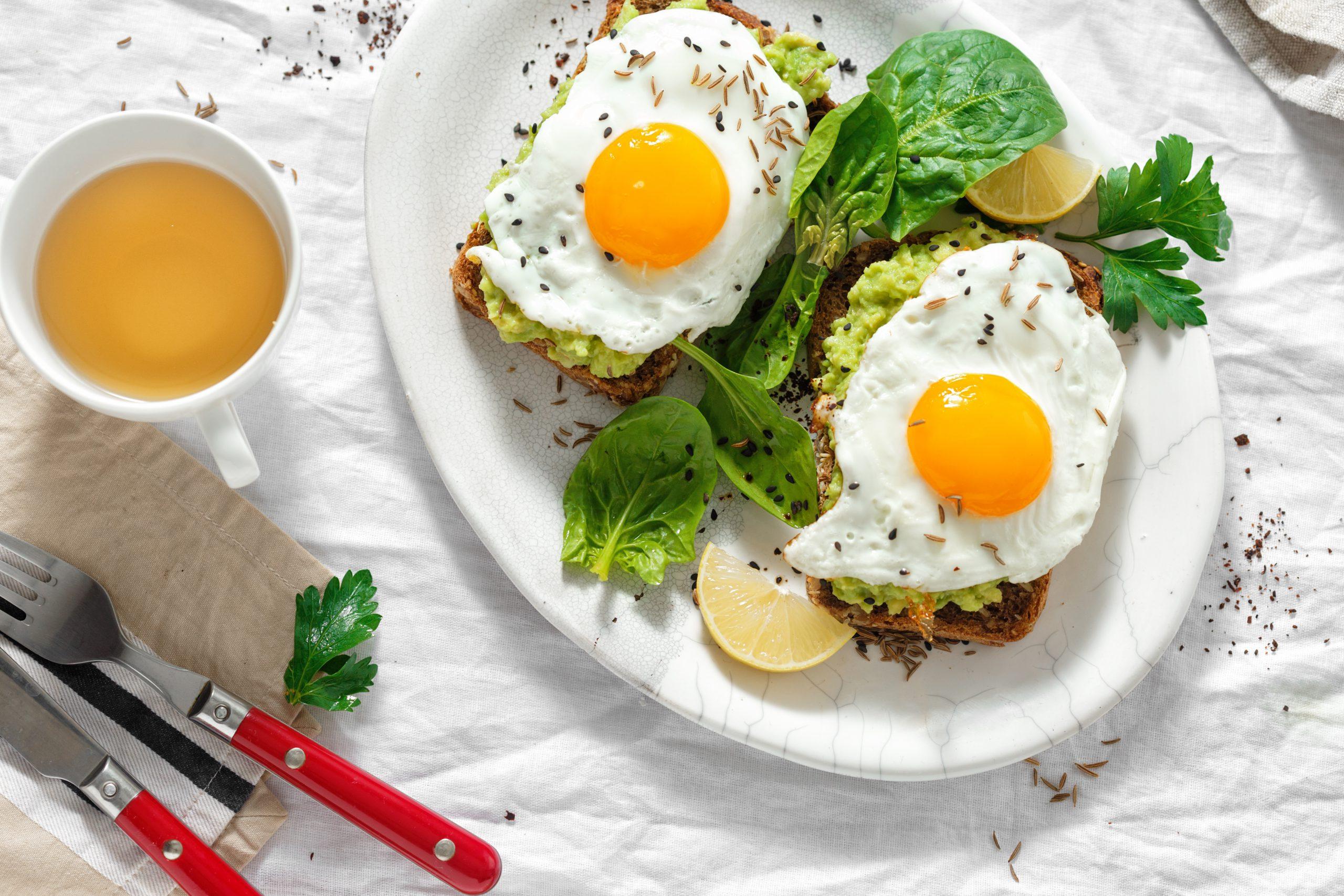 Poznaj powody, dla których warto jeść jajka