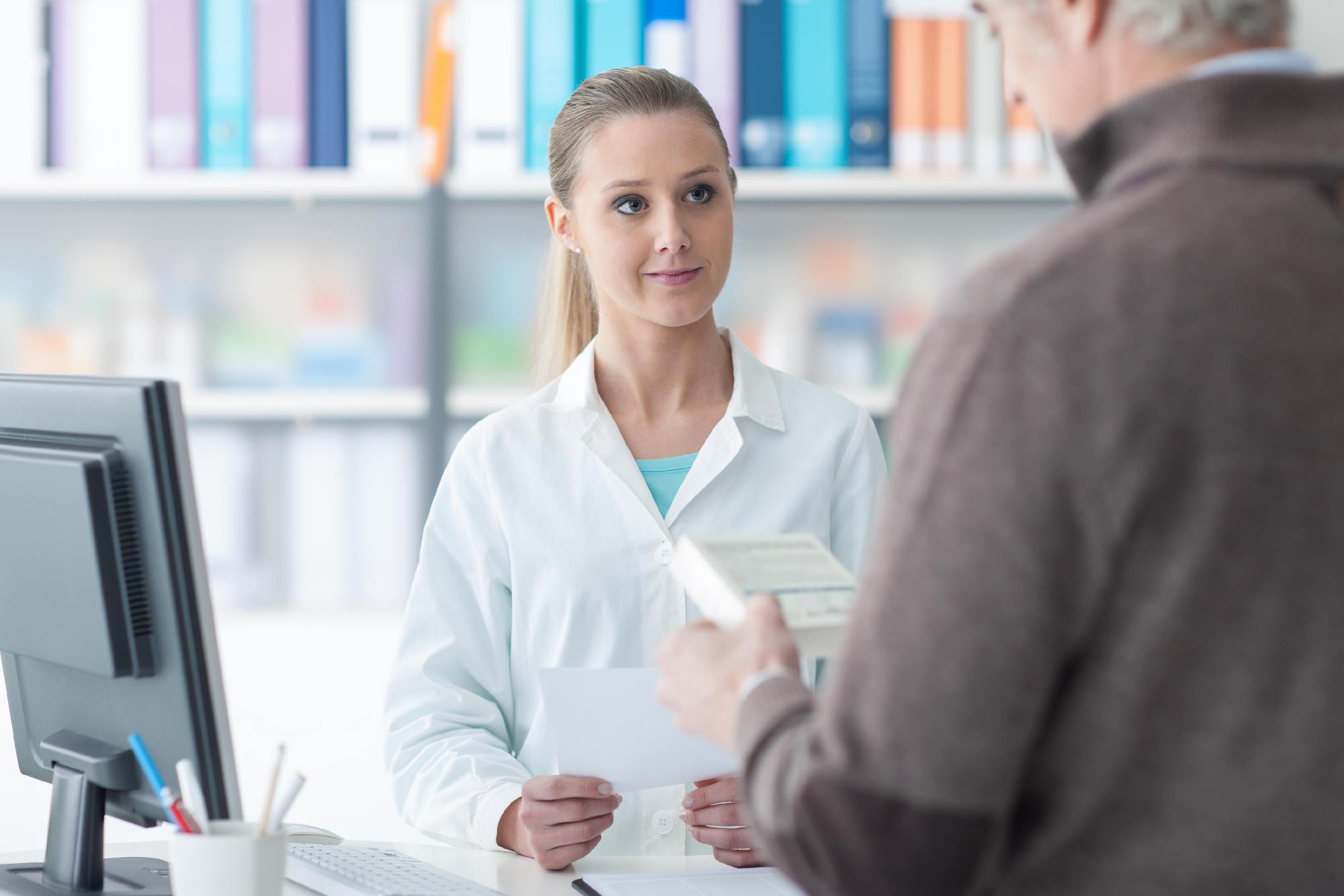 Wyroby medyczne z refundacją i bez refundacji bez wychodzenia z domu – gdzie i jak zamówić przez internet?